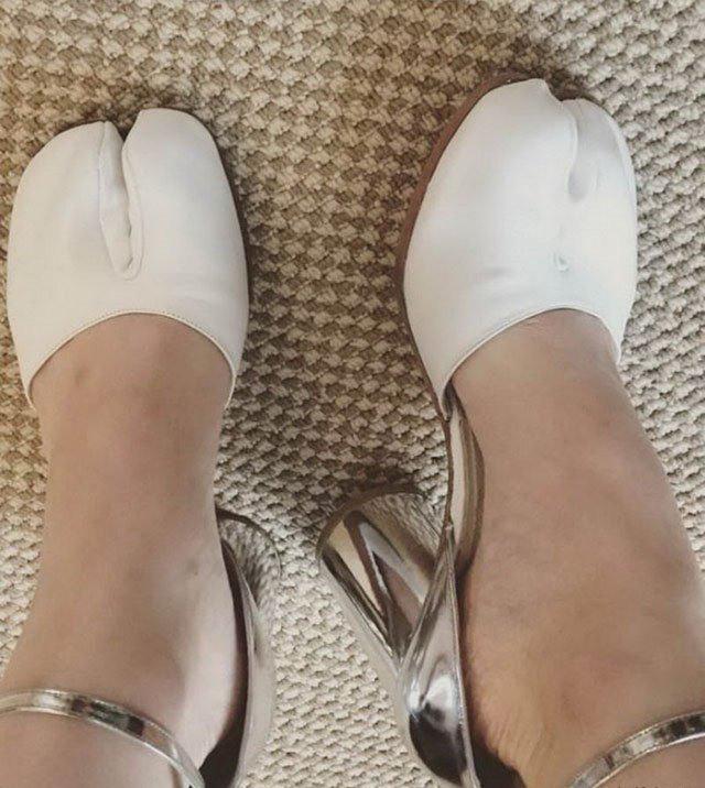 Коло взуття підкреслює що в тебе копита