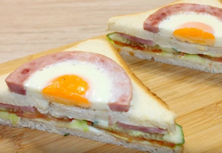 Бутерброд з яєчнею