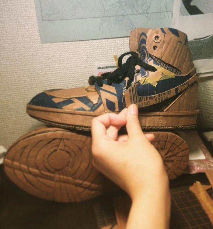 Одноразові кросівки