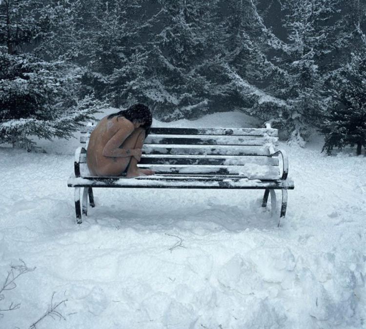 Чи холодно тобі красуня?