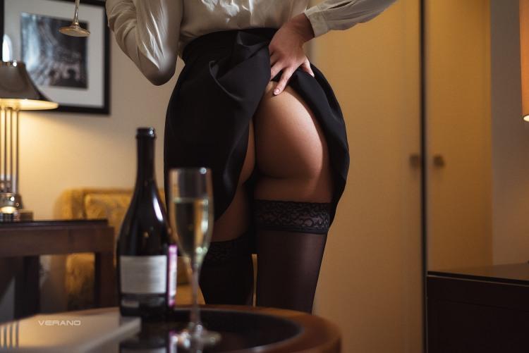Натяк на інтимне продовження романтичного вечора від дівчини